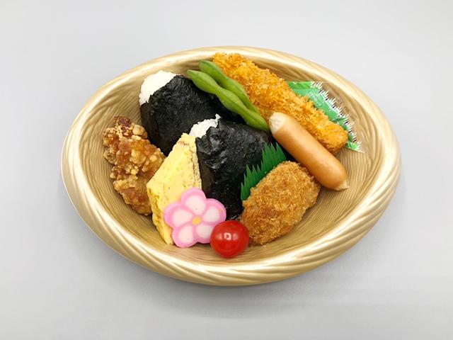 おでかけ弁当 600円(税込)